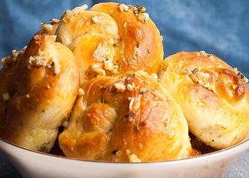 Garlic Knots | Master Cook